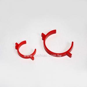 C-shaped buckle
